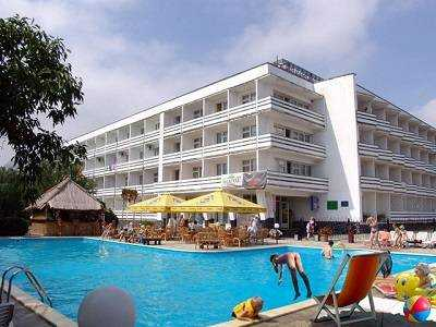 Отели Коктебеля с бассейном на берегу моря: ТОП-3