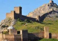 Генуэзская крепость — главное украшение Судака