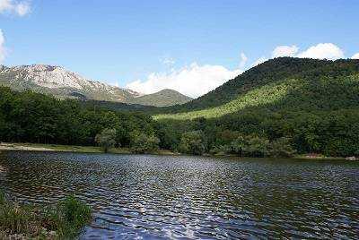 Озеро Кастель райское местечко близ Виноградного