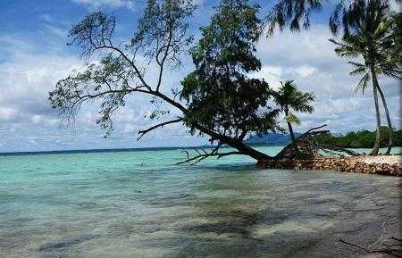 Индонезия закрыла для туристов 6 пляжей после цунами