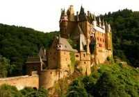Мрачные, загадочные, таинственные замки Англии: фото, названия и история