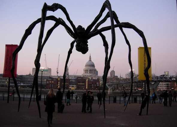 Самые диковинные скульптуры мира
