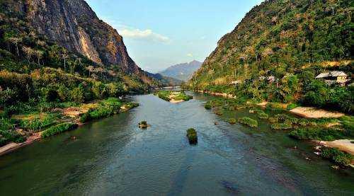 Вьетнамская ароматная река