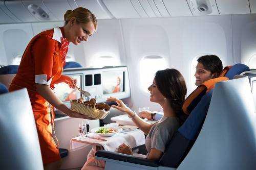 Почему еда в самолетах пресная и безвкусная