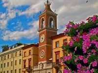 Погода в мае в «сердце» Романской ривьеры — Римини