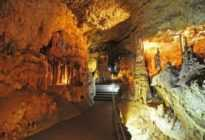 Мраморная — самая красивая пещера Крыма