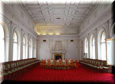 Ливадийский дворец шедевр Южного берега Крыма