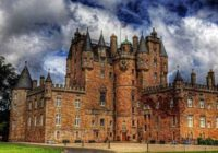 Почему стоит поехать в Шотландию?