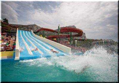 «Голубой залив» единственный аквапарк Крыма с морской водой в Симеизе