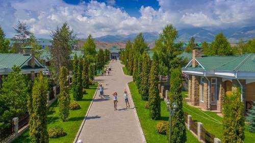 Как отдохнуть на озере Иссык-Куль